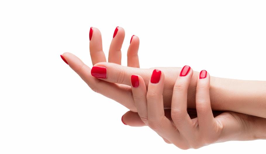 zabiegi-dlonie_manicure-klasyczny